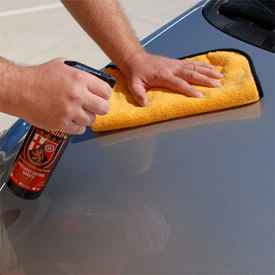 The Gold Plush Microfiber Towel has a thick weave and microfiber edge that's great for quick detailing.