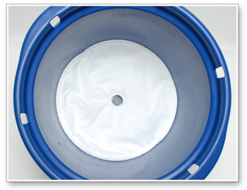 The System 3000 Deluxe Pad Washer has a built in filter