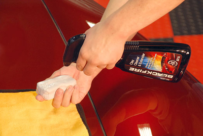 BLACKFIRE CLay Cleaner & Extender cleans detailing clay bars.