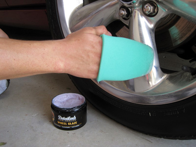 DP Wheel Glaze is a hi-tech synthetic sealant for your wheels!