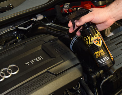 Engine Degreaser removes built up greaes and grime