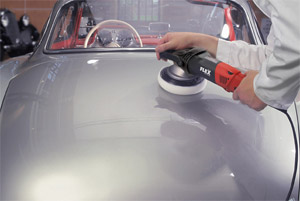 The FLEX Orbital Polisher leaves no holograms or cookie-cutting on large panels!