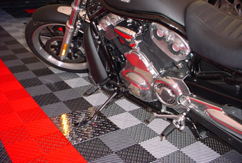 Racedeck Free flow garage floor tiles
