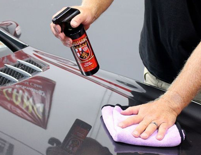 Wolfgang Fuzion Spray Wax is a REAL wax in the form of a spray!
