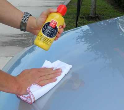 Griot's Garage 100% Cotton Buffing Cloths are ideal for use with polishes and compounds