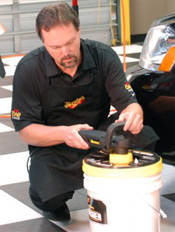 Use Meguiars Pad Washer with all dual action polishers and rotary buffers.
