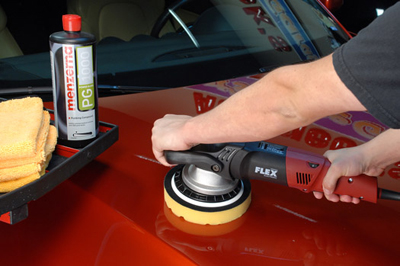Menzerna Power Gloss levels paint defects quickly and efficiently