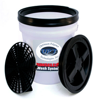 Clear Wash Buckets with Grit Guard Inserts and Gamma Seal Lids