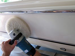 Optimum Hyper Compound Spray buffs out swirls, scratches and stains on fiberglass boats!