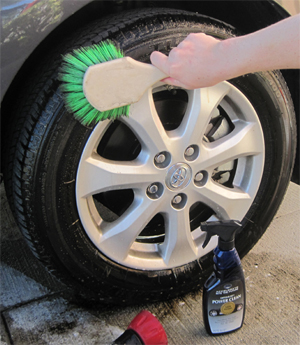 Optimum Power Clean cleans tires.
