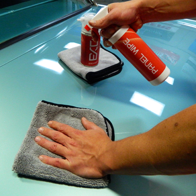 GTechniq Panel Wipe Coating Prep removes polishing oils so coatings can form a complete bond