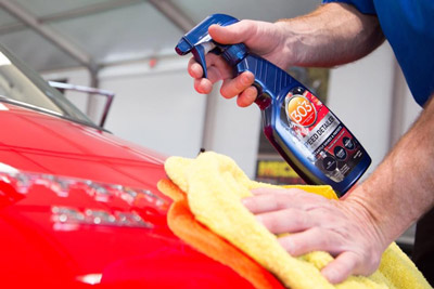 303 Automotive Speed Detailers works on every exterior surface - simply spray and wipe your way to a great shine!