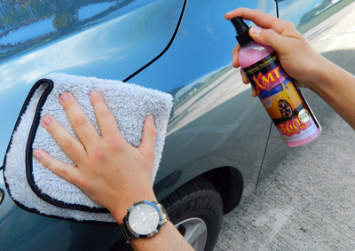 The Buff & Gloss Spray Wax Towel is compatible with all spray waxes!