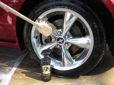 The Montana Boar's Hair Wheel Brush is gentle and safe on all wheel finishes