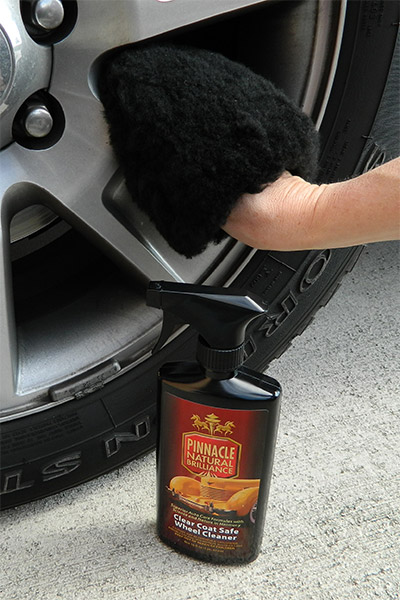 The Lake Country Wool Wheel Washing Mitt makes wheel cleaning easy!