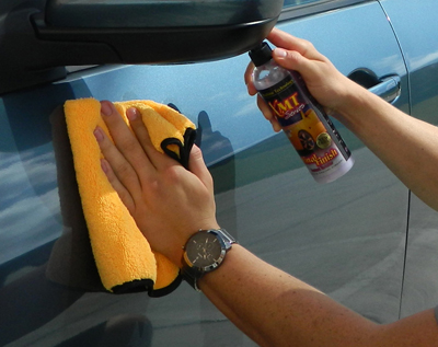 XMT Final Finish Instant Detailer safely removes light dust and dirt