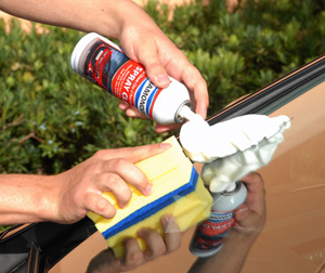 Diamondite Spray Clay removes road film and grime from exterior glass surfaces