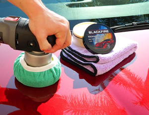 The Deluxe Green Microfiber Bonnet fits over any standard 5.5 inch or 6.5 inch buffing pad