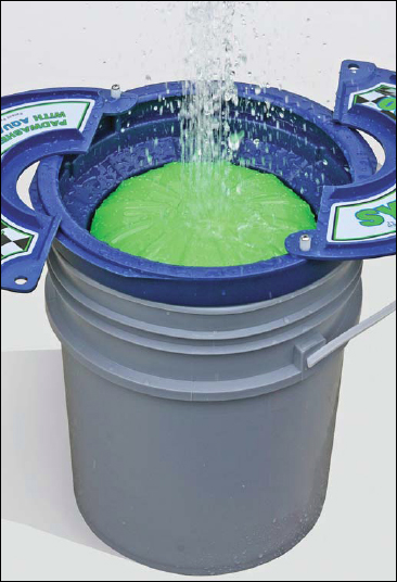 The System 3000 Deluxe Pad Washer features exclusive Aqua-Clean Technology!