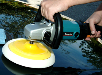 The White Polishing Pad is designed to apply car polishes and prewax cleaners.