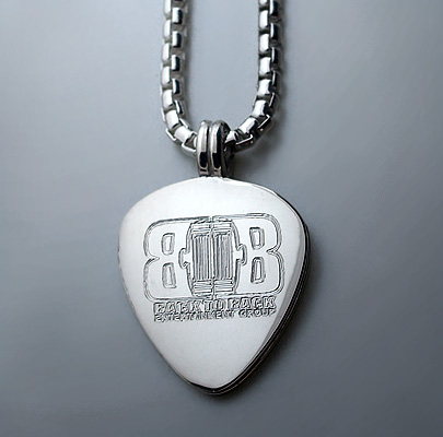 Label Logo Engraved Men's Guitar Pick Necklace