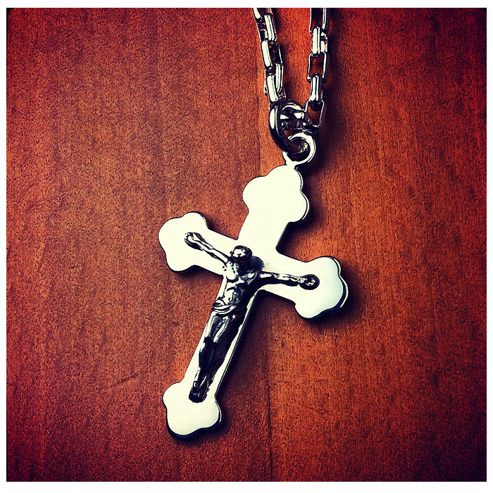 Mens Crucifix Cross Necklace Zoom View