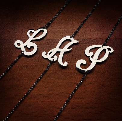Swirly Cursive Initial Link Bracelet