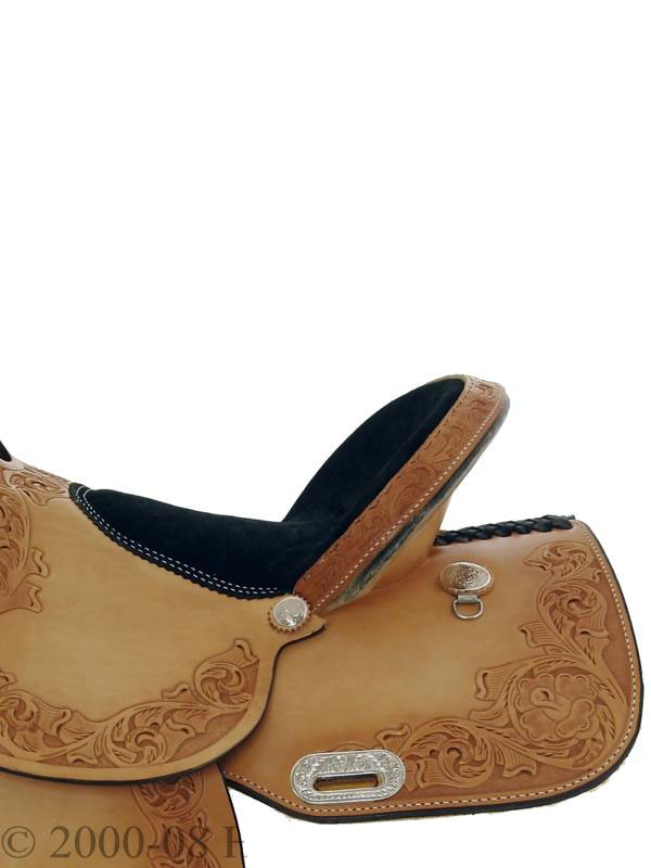 Detailed side view of Dakota Barrel Racing Saddle 470