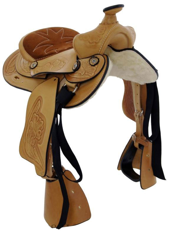 Front View, Dakota Pony Saddle 950