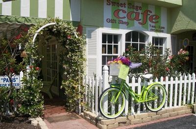 Sweet Sage Caf� & Gift Shop - North Redington Beach