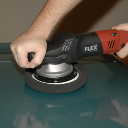 Use the Kompressor foam pads with the FLEX XC 3401 Orbital Polisher.
