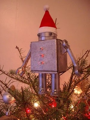 robot tree topper