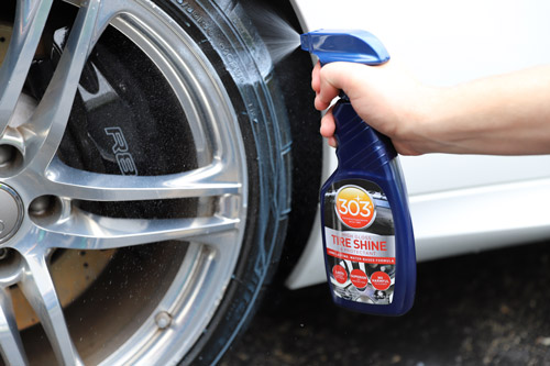 This product is also easy to use! All you have to do is simply apply it evenly to the face of the tire.