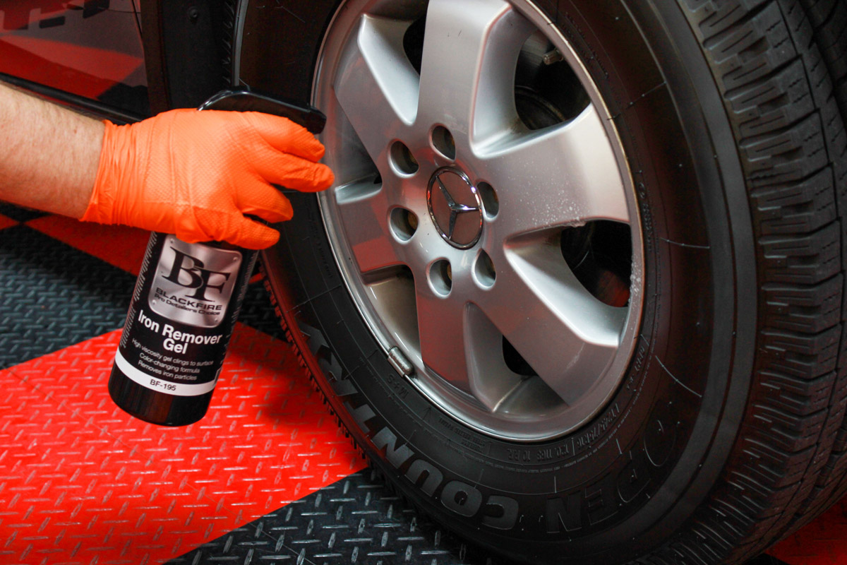 Spray BLACKFIRE Gel Iron Remover directly onto the surface you are decontaminating.