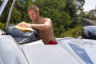 Use Absorber XL to dry your boat!