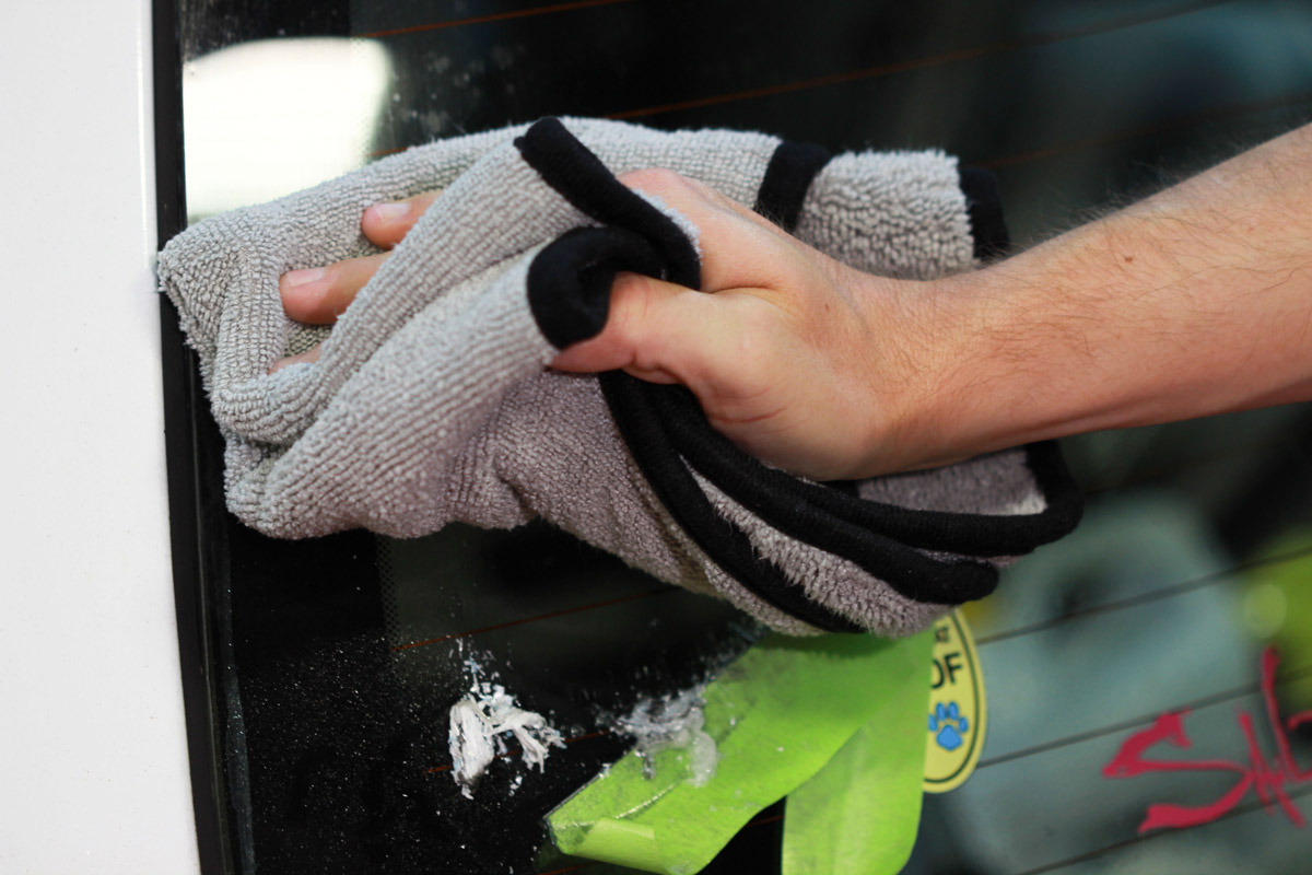 Wipe the surface clean of any remaining residue and DP Tar & Adhesive remover using a clean microfiber towel.