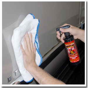 Use the Arctic White Miracle Towel to apply quick detailers, for buffing, or for cleaning.