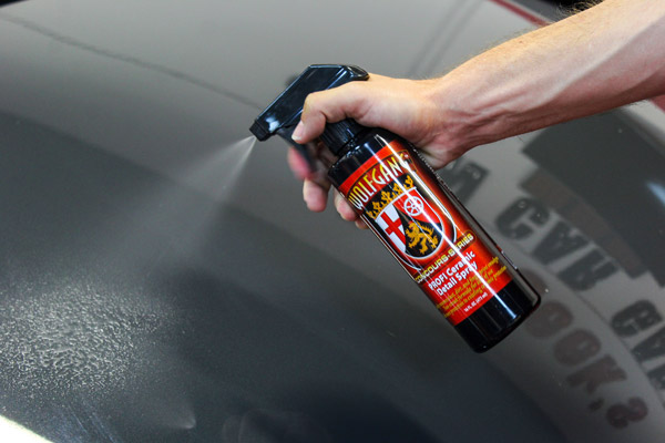 Spray a liberal amount of Wolfgang PROFI Ceramic Detail Spray onto the surface of your paint.