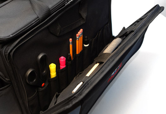 The Autogeek Carry On has storage pockets for pens, paper, and more!
