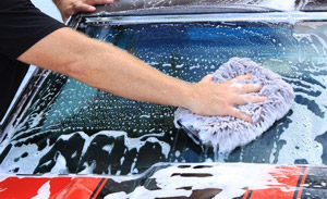 BLACKFIRE Car Wash creates rich suds