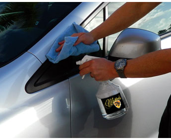 Hi-Intensity APC Plus removes stubborn wax and polish residue off plastic trim