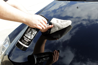 The  Supreme 530 Microfiber Towel is perfect for quick detailing and waterless washes.