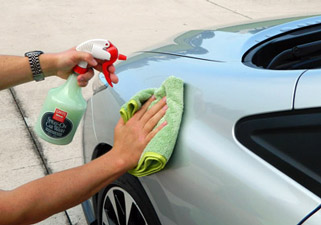 Griots Garage Spray On Car Wash Cloths are super plush for waterless washing.