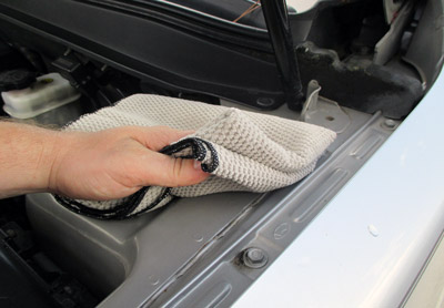 Use Griot's Garage Tim's Dirty Spots Wipe Down Towels for dyring and cleaning