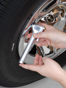 The Michelin Emergency Hammer & Tire Gauge gives accurate tire pressure readings.