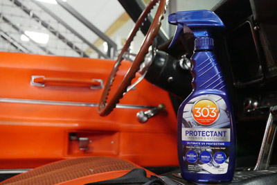303 Automotive Protectant gives both interior surfaces and exterior surfaces a layer of strong protection.