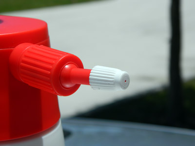 The plastic nozzle helps prevent degradation from built up product