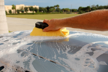 The Lake Country Wash Wedge prevents wash-induced swirl marks
