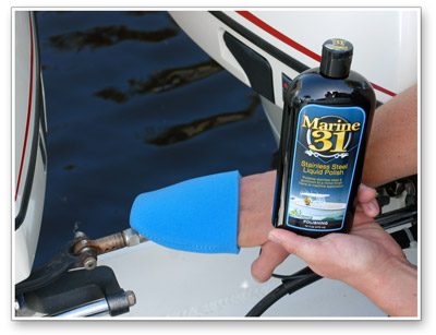 Marine 31 Stainless Steel Liquid Polish can be applied by hand or machine