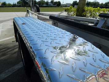 Marine 31 Finish Cut Metal Restoring Polish creates a mirror finish on diamond plate and other uncoated aluminum surfaces
